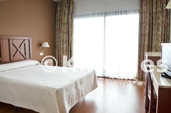 Large_hotel-trh-paraiso-costa