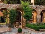 Thumb_356337_720_479_fsimage_1_castillodesantacatalina_jardin2