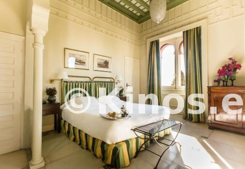 Large_hotel-castillo-de-santa-catalina-habitacion-873f2bf