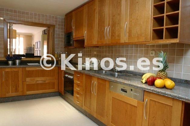 Large cocina112