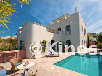 Medium villa marbella piscina kinosgroup