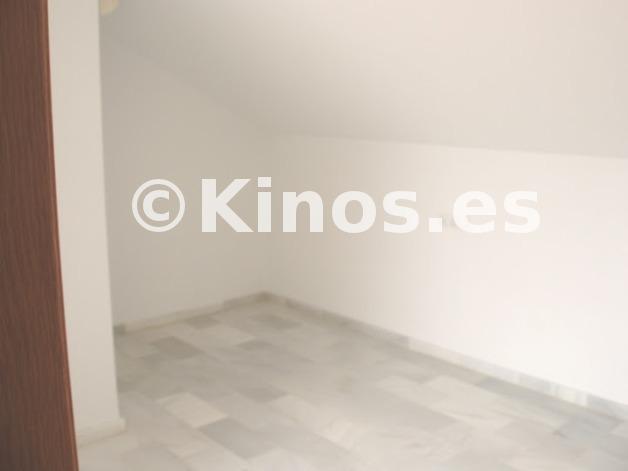 Large casa estepona dormitorio kinosgroup