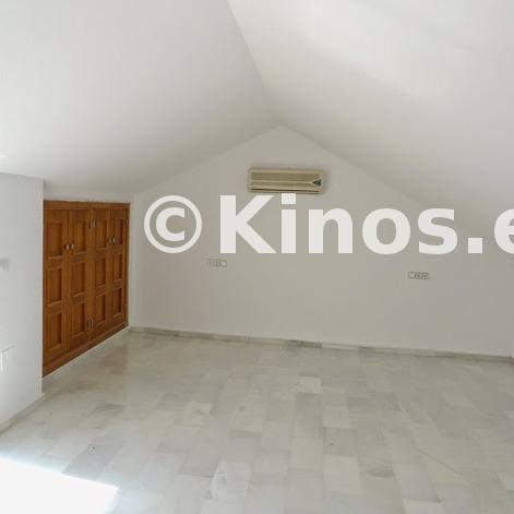 Large casa estepona dormitorio2 kinosgroup