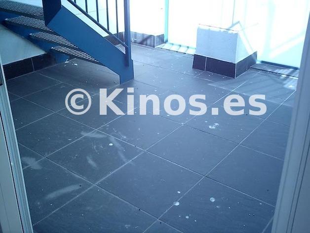 Large piso malaga detalles kinosgroup