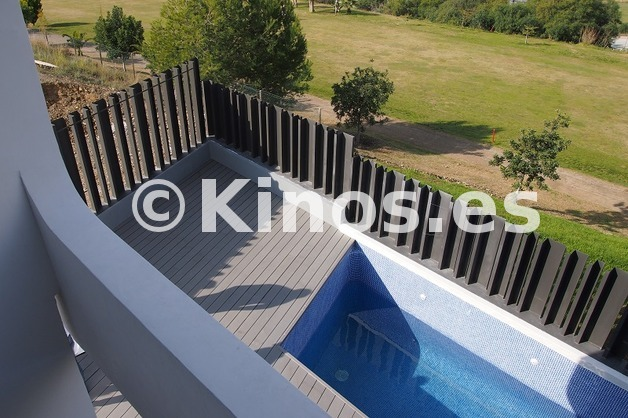 Large adosado torredelmar piscina1 kinosgroup