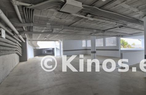 Large garaje