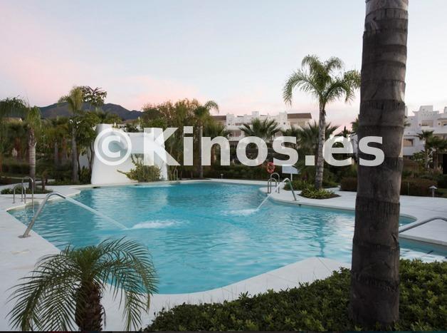 Large piscinaagua