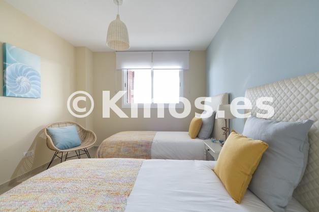 Large 013room2