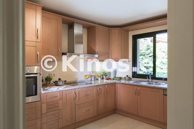 Large cocina
