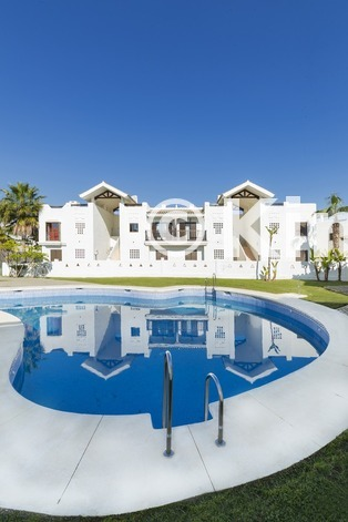 Large vivienda sanroque piscina1 kinosgroup