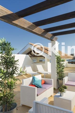 Large vivienda sanroque solarium kinosgroup