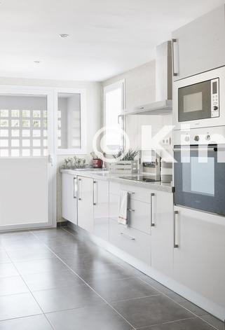 Large vivienda sanroque cocina kinosgroup
