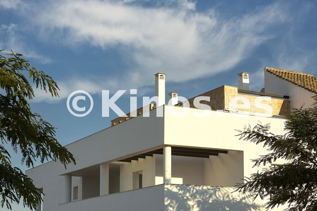 Large vivienda sanroque fachada kinosgroup