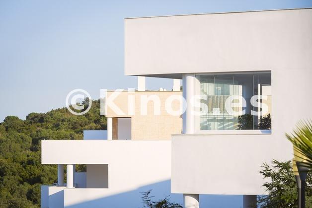 Large vivienda sanroque fachada2 kinosgroup