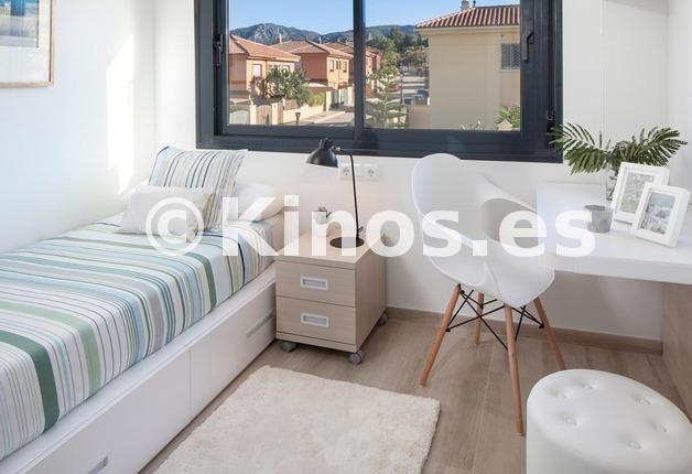 Large dormitorio 3