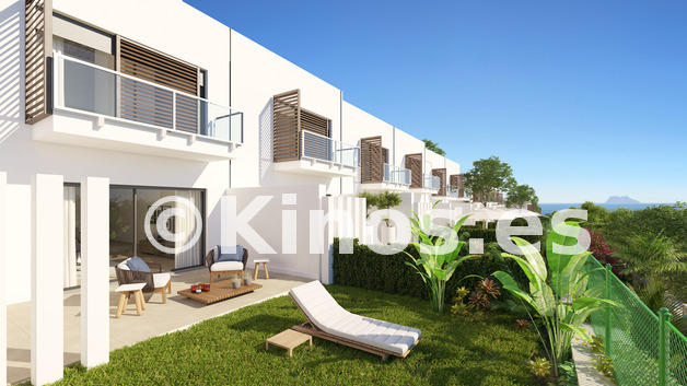 Large manilva exterior terrazas 1