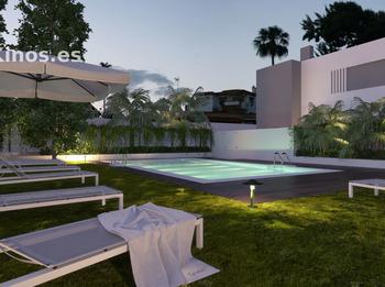 Medium alcor exterior piscina noche