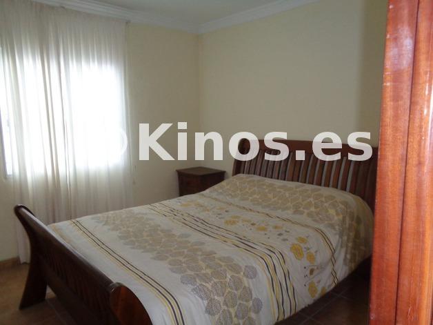 Large_chalet_malaga_dormitorio2_kinosgroup