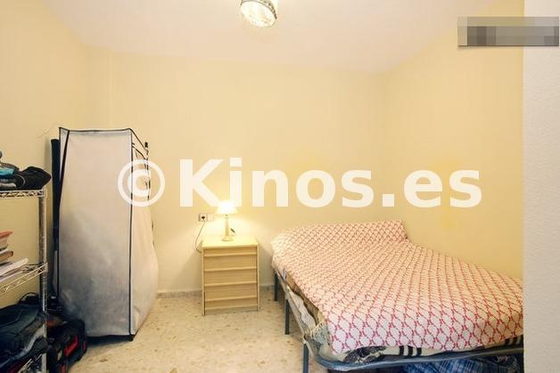 Large_duplex_estepona_dormitorio7_kinosgroup