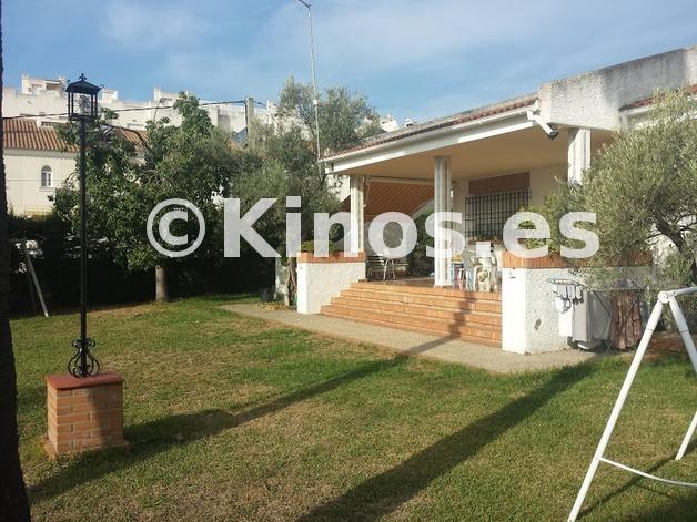 Large_villa_losfernandez_fachada1_kinosgroup