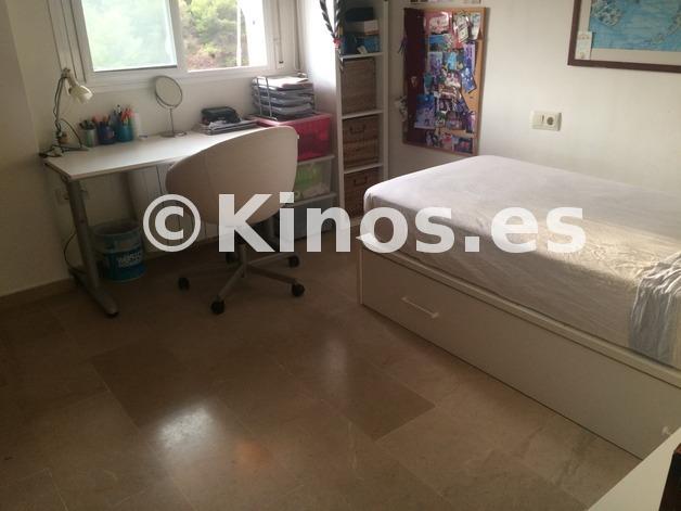 Large_dormitorio
