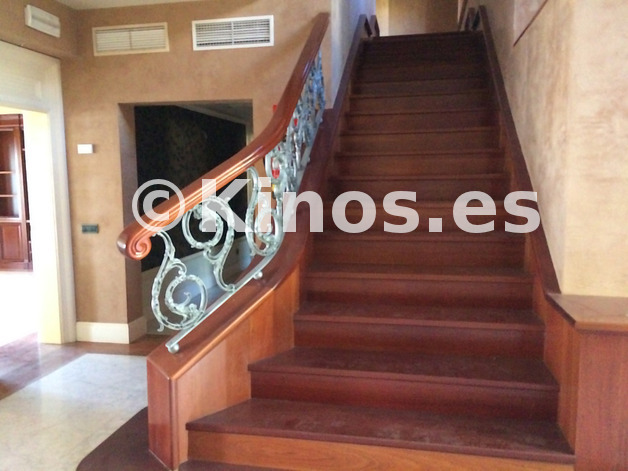 Large_escalinatas