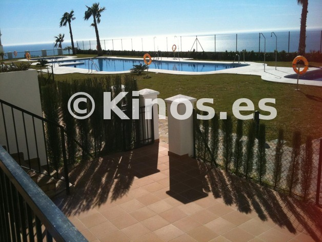 Large_vista_desde_terraz_p._bja_bl_2